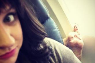 Viata secreta a insotitorilor de zbor. Un cont de Instagram dezvaluie cum este in realitate sa muncesti intr-un avion