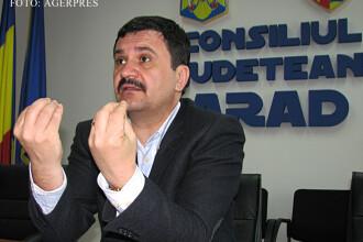 Presedintele Consiliului Judetean Arad, retinut dupa 4 ore de audieri. Dovezile prezentate de procurori