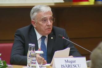 Isarescu considera noul Cod Fiscal inaplicabil si critica politica de deficit a Guvernului.