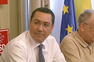 Victor Ponta ar putea suferi o noua operatie la genunchi. Liderii opozitiei il acuza ca incearca sa