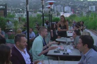 Cum arata terasele din Los Angeles. Turistii fac coada pentru a manca, pe acoperis sau in gradina, preparate delicioase