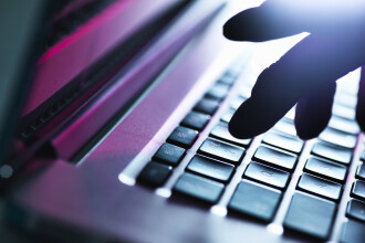India renunta la blocarea a sute de site-uri porno, dupa numeroase acuzatii de cenzura. Ce explicatii au dat autoritatile