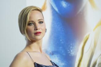 Un avion privat la bordul caruia se afla Jennifer Lawrence a aterizat de urgenta din cauza unor defectiuni la motoare