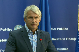 """Ministrul Finanţelor, despre introducerea unei taxe pe autostrăzi: """"Aşa se întreţin drumurile"""""""