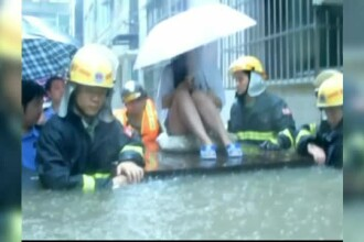 Inundatii de proportii in China, dupa ce a plouat torential zile in sir. Nivelul apei a depasit un metru si jumatate