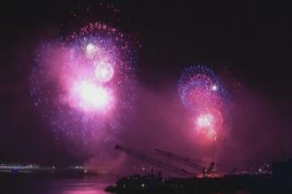 Americanii, sarbatoare de ''Ziua Independentei'' cu parade, focuri de artificii si concursuri de mancat hot-dog