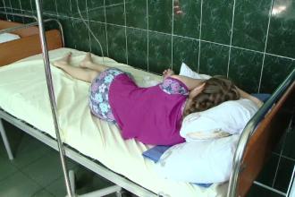 La 16 ani, are doar 35 de kilograme, din cauza unei malformatii grave cu care s-a nascut. Sansa pe care a primit-o acum Maria