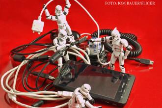 iLikeIT. 6 sfaturi ca sa te tina mai mult telefonul in vacanta. Ce incarcator este cel mai bine sa folosesti