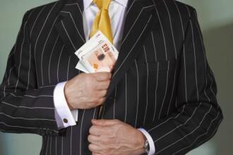 Fraudă de 16 milioane de lire sterline. Cetățeni moldoveni, reținuți în Marea Britanie