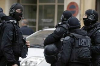 Inca un adolescent, suspect ca urma sa planuiasca atentate teroriste, arestat in Franta. Cum l-au prins politistii