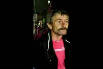 Barbat de 47 de ani, disparut fara urma in strainatate. Venea in tara pentru nunta fiicei, insa la granita i s-a facut rau