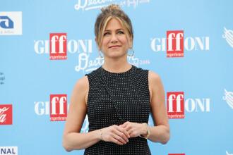 Jennifer Aniston si-a socat fanii. Actrita a inceput sa planga cand si-a adus aminte de despartirile din trecut. VIDEO