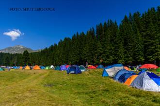 Festivalul care a distrus o splendida vale din Parcul Natural Bucegi. De ce au inceput ursii sa-i atace pe turisti