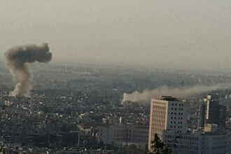 Atac sangeros in Damasc. Teroristii au trimis 3 masini-capcana, dintre care 2 au fost interceptate la timp: 15 morti