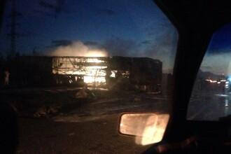 Carnagiu pe o sosea din Rusia. Un autobuz cu pasageri s-a ciocnit cu o cisterna, 13 oameni au murit. VIDEO