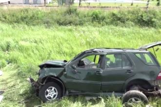 Doua surori au murit impreuna cu copiii lor intr-un accident in Satu Mare. Politistii trebuie sa afle cine e soferul vinovat