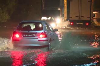 Strazi inundate in Capitala, dupa ploile torentiale.