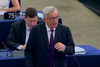 Juncker: CE nu a solicitat informaţii legate de substanţa cazurilor de corupţie din România
