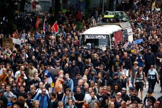 Noi violente la marsul organizat la finalul summitului G20 de la Hamburg. Reactia Angelei Merkel: