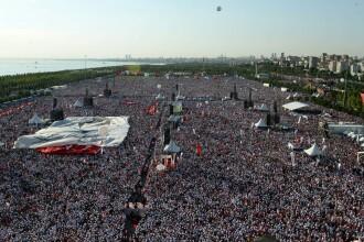 Protest urias cu sute de mii de oameni la Istanbul, impotriva presedintelui Recep Erdogan. VIDEO