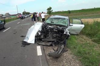 Un tanar a murit, iar fiica sa de trei ani este in coma de gradul patru, in urma unui accident pe DN 2 H, langa Suceava