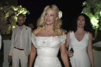 Pamela Anderson a deschis un restaurant vegan pe Coasta de Azur. Invitat la deschidere, Macron nu a venit