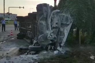 14 persoane, la spital, dupa ce un autoturism si un microbuz s-au izbit, in Constanta. Cum s-a produs accidentul