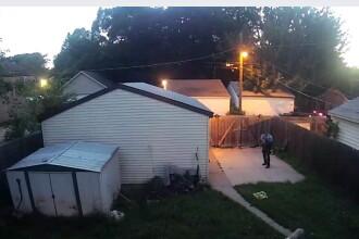 Scandal in Minneapolis. Un politist a fost filmat cand a impuscat 2 caini, fara sa fi fost atacat de animale. VIDEO