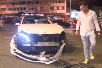Masina de lux, avariata de o masina de la salubritate in Bucuresti. Un angajat baut nu a acordat prioritate