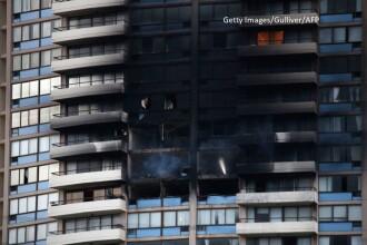 Incendiu la ultimele etaje ale unui zgarie-nori din Honolulu. Cel putin 3 oameni au murit si 12 sunt raniti
