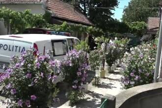 Femeie din Alba Iulia, ucisa in propria casa. Fiul victimei a fost gasit in stare grava, incuiat in baie