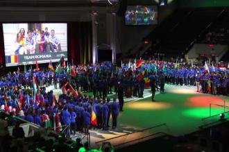 Sapte elevi romani, primiti cu aplauze la cel important concurs de robotica din lume. Sunt foarte aproape sa cucereasca aurul