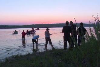 Au murit dupa ce s-au aventurat in apa, desi nu stiau sa inoate foarte bine. Martor