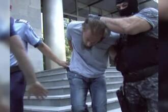 Barbatul care l-a ucis pe politistul din Suceava NU regreta, in continuare, crima, dar vrea sa fie cercetat in libertate