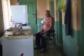 Batran din Gorj, jefuit de 60.000 de lei dupa ce a primit in casa sa trei femei