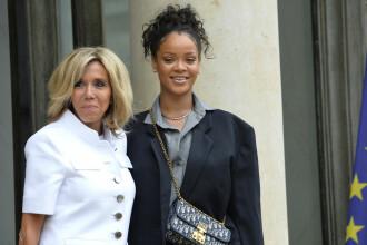 Rihanna, in vizita la palatul Elysee. Artista a discutat cu presedintele Macron si Prima Doamna despre educatie. FOTO