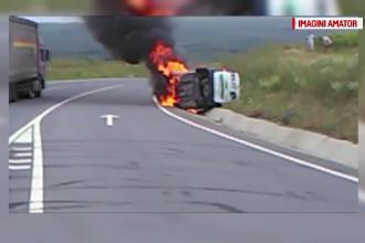 Accident grav, pe centura orasului Suceava. O masina a luat foc, dupa ce a intrat pe contrasens si a lovit un tub de beton