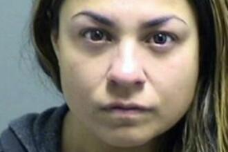 Risca o condamnare de 230 de ani de inchisoare, dupa ce a fost prinsa intretinand relatii intime cu elevul ei