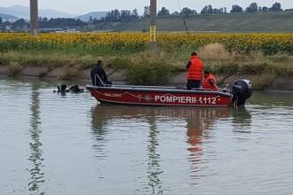 Tanarul de 19 ani, care a incercat sa salveze un copil de la inec, a fost gasit fara viata in canalul raului Bistrita