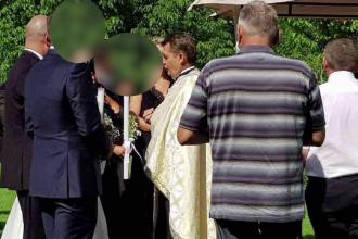 Biserica, implicata intr-un nou scandal. Cine este, de fapt, preotul care a oficiat o slujba de cununie, in Cluj