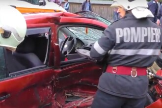 Șapte persoane au fost rănite, în urma coliziunii între 2 autoturisme, în Neamț