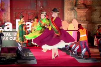 Concurs de miss pentru femeile care poartă ținute tradiționale, în Bolivia