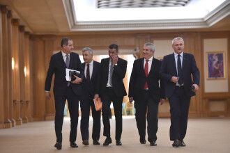 """Sorin Grindeanu: """"Pare că totul s-a oprit în loc din cauza unor mize personale"""""""