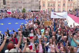 Polonezii au ieşit în strada pentru a apăra independent Justiției