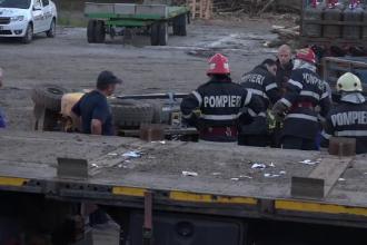Un bărbat a murit la locul de muncă, strivit de stivuitorul pe care îl manevra