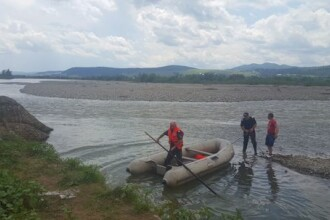 Două surori din Suceava s-au înecat când se aflau la scăldat