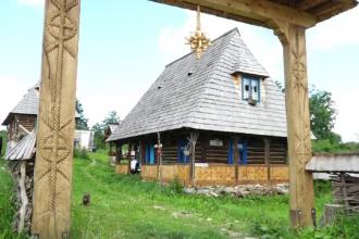 Satul din inima Maramureșului care atrage anual zeci de mii de turiști