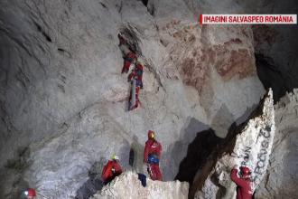 Exercițiu de salvare în Peștera Cetățile Ponorului. Au participat 52 de speologi