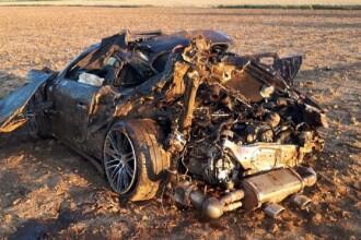 A murit după ce a ieşit cu un Porsche de pe şosea. Ce au găsit poliţiştii în maşină