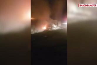 O mașină parcată, incendiată în noapte pe o stradă din Galați. Pagubele provocate
